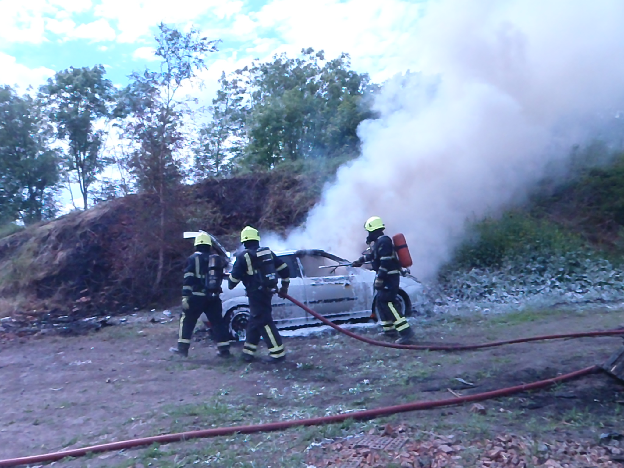 cafs training less than 300litres to stop fire 005